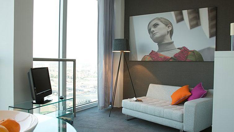 Compact studio apartment at Staying Cool at The Rotunda - Citybase Apartments