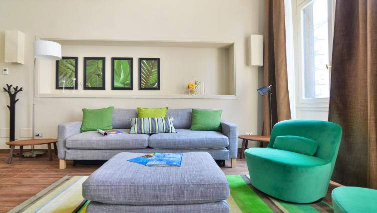 Lounge at the Aida Aaprtment - Citybase Apartments