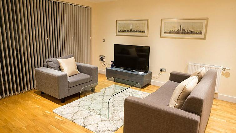 Living area at Clarendon Arc House - Citybase Apartments