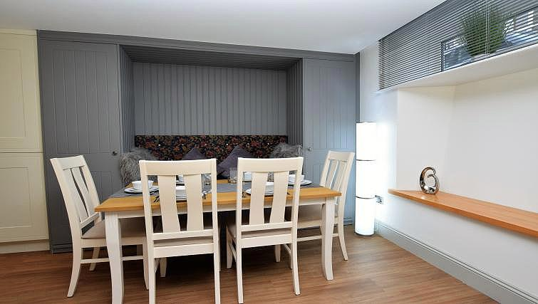 Dining area at Oakfield Place Apartment - Citybase Apartments