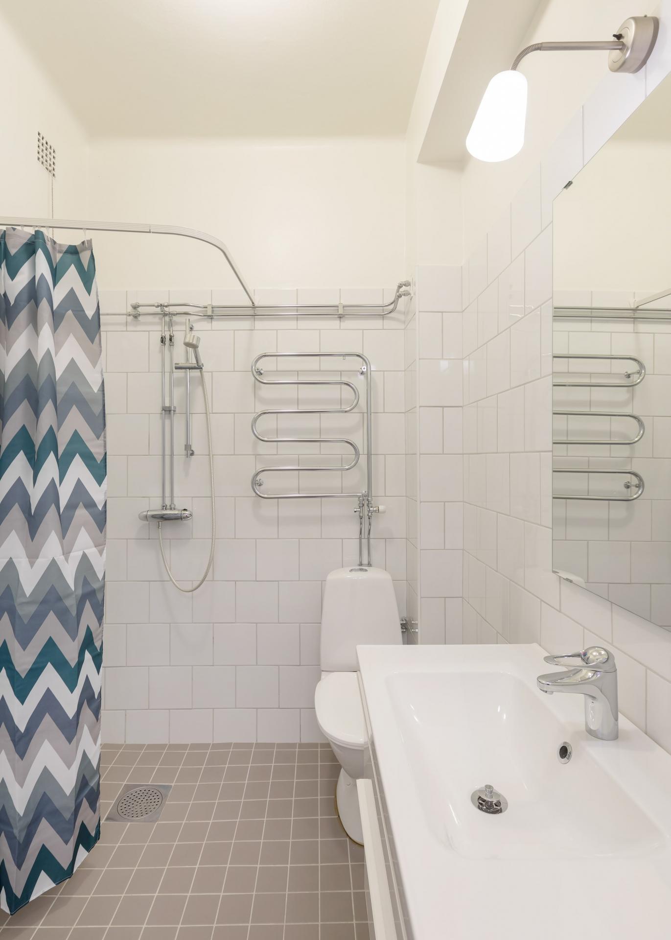 Bathroom at Pontonjärgatan Apartments, Marieberg, Stockholm - Citybase Apartments