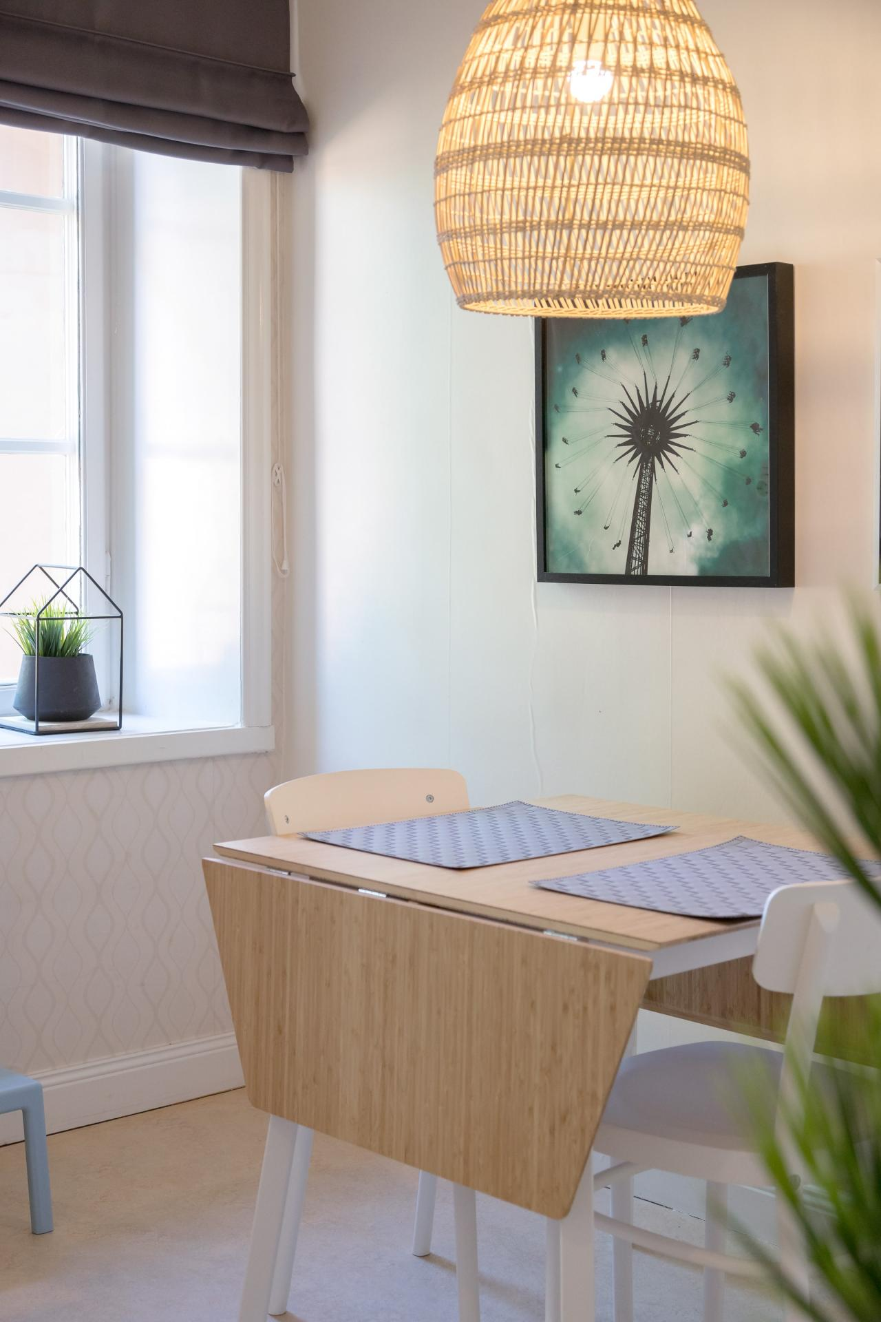 Dining area at Pontonjärgatan Apartments, Marieberg, Stockholm - Citybase Apartments