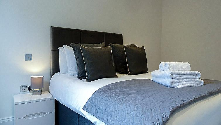 Bed at Flying Butler Ealing Broadway Mount Park - Citybase Apartments