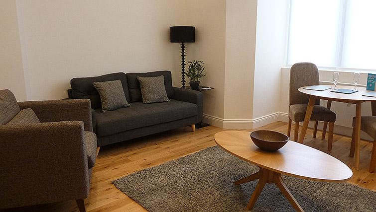 Living space at Flying Butler Ealing Broadway Mount Park - Citybase Apartments