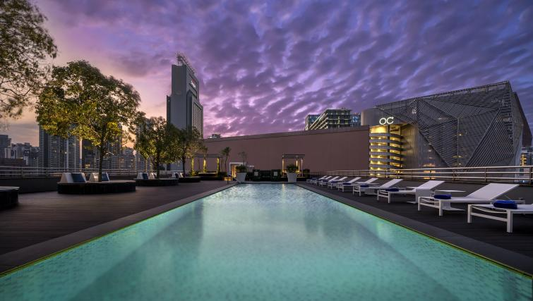Pool at the Winsland Apartments, Singapore - Citybase Apartments
