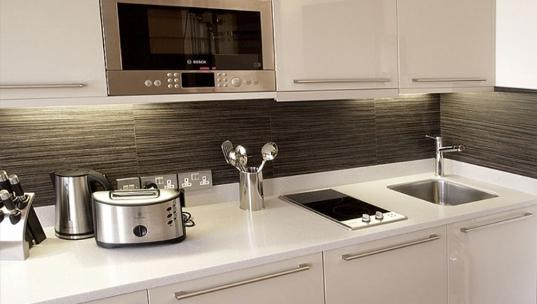 Modern kitchen in Space Apartments - Citybase Apartments