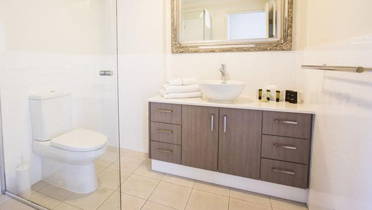 Bathroom at Zappeion Apartments - Citybase Apartments