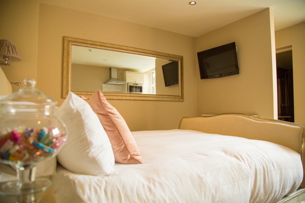 Cosy bed at Theatre Street Apartments, Centre, Preston - Citybase Apartments
