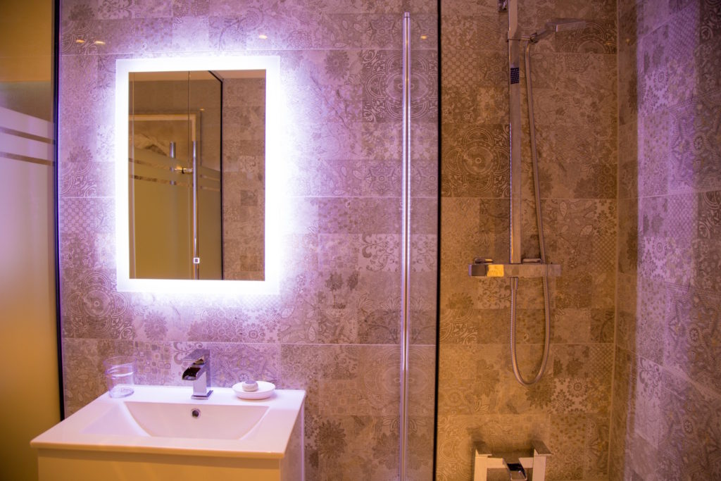 Mirror at Theatre Street Apartments, Centre, Preston - Citybase Apartments