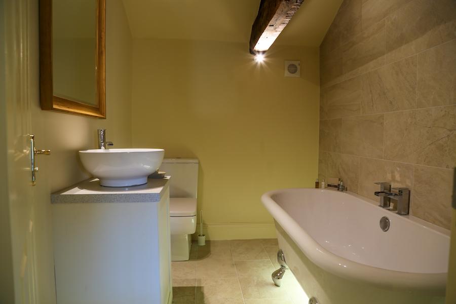 Bathtub at Theatre Street Apartments, Centre, Preston - Citybase Apartments