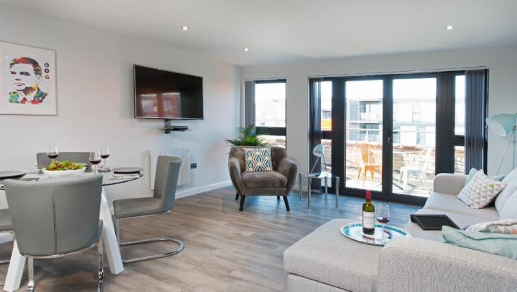 Spacious living area at Cotels at 7Zero1 Apartments - Citybase Apartments