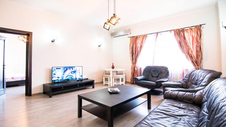 Lounge at Calea Victoriei Apartment - Citybase Apartments