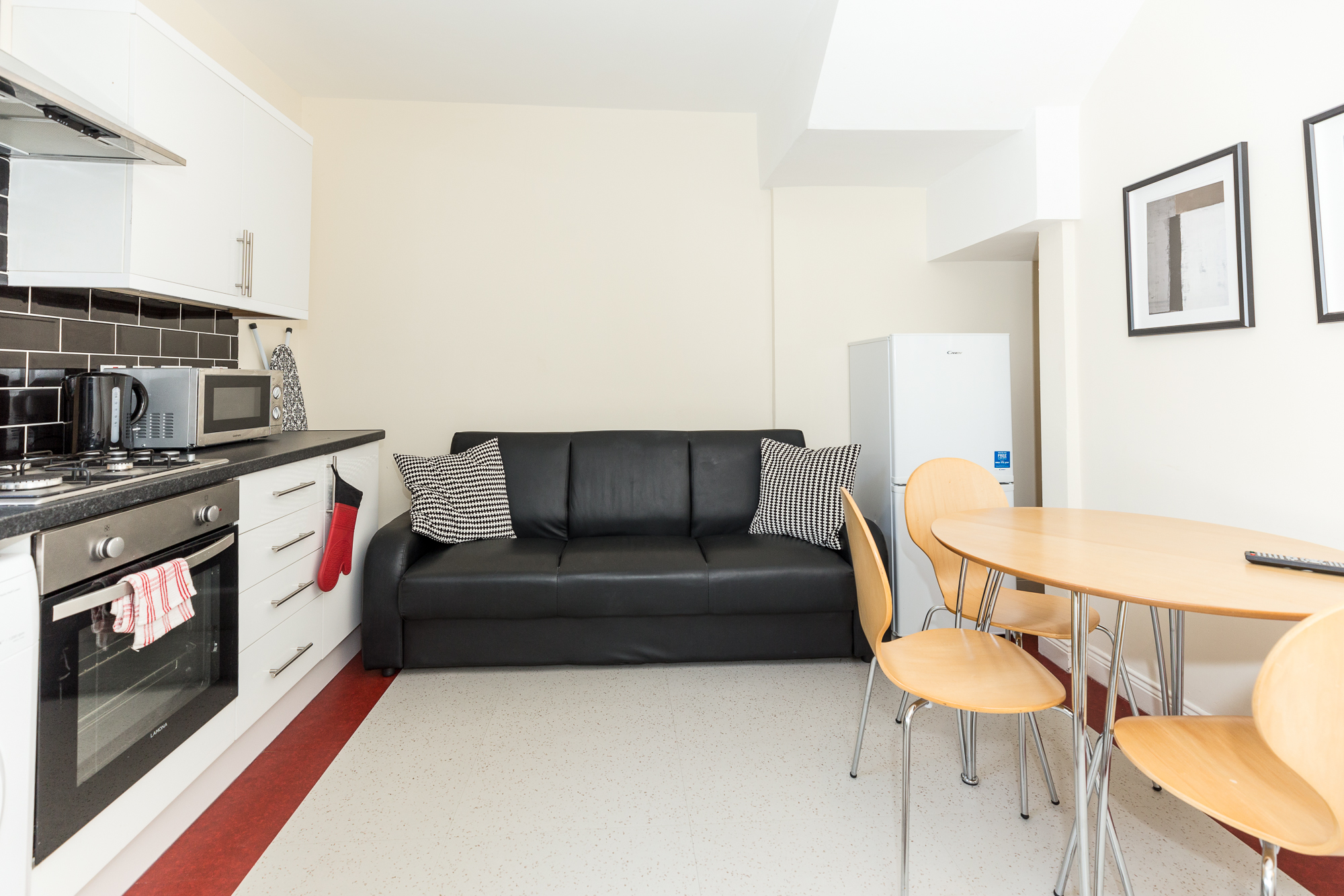 Dining table at Sunderland Road Apartments - Citybase Apartments