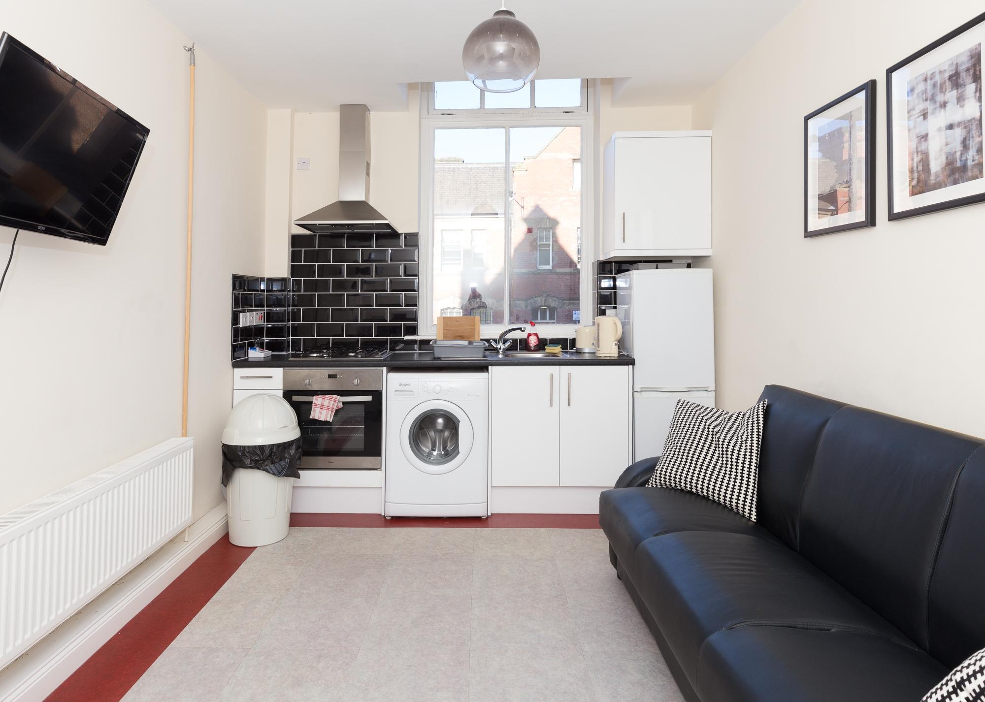 Kitchen facilities at Sunderland Road Apartments - Citybase Apartments