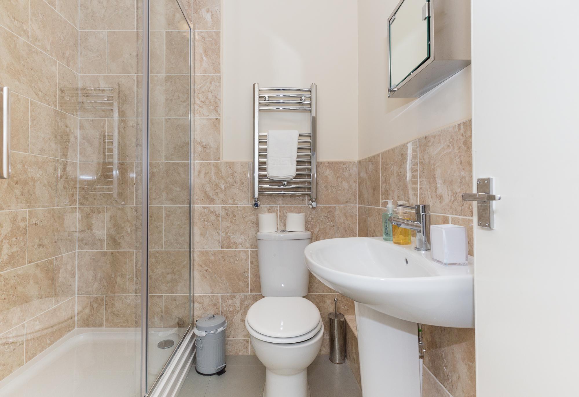 Bathroom a Sunderland Road Apartments - Citybase Apartments