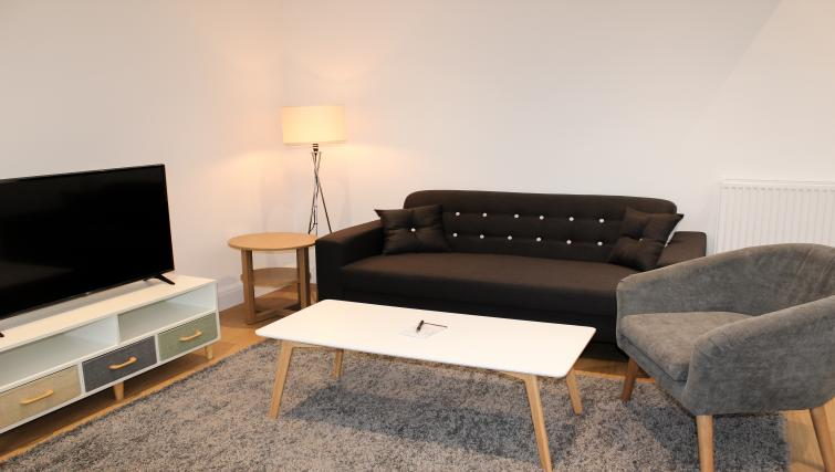 Living area at the Flying Butler West Finchley Apartments - Citybase Apartments