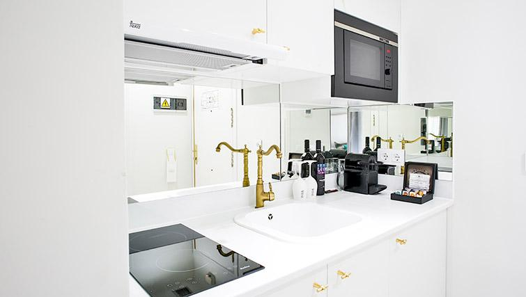 Kitchenette at 11th Principe Apartments - Citybase Apartments