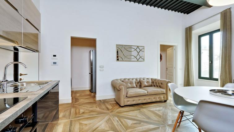 Wooden flooring at 10 Del Basilico Apartment - Citybase Apartments