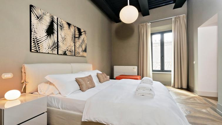 Bedroom at 10 Del Basilico Apartment - Citybase Apartments