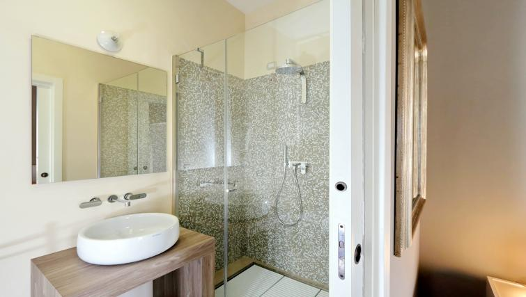 Shower cubicle at 10 Del Basilico Apartment - Citybase Apartments