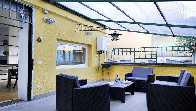 Terrace at Olmetto Apartment - Citybase Apartments