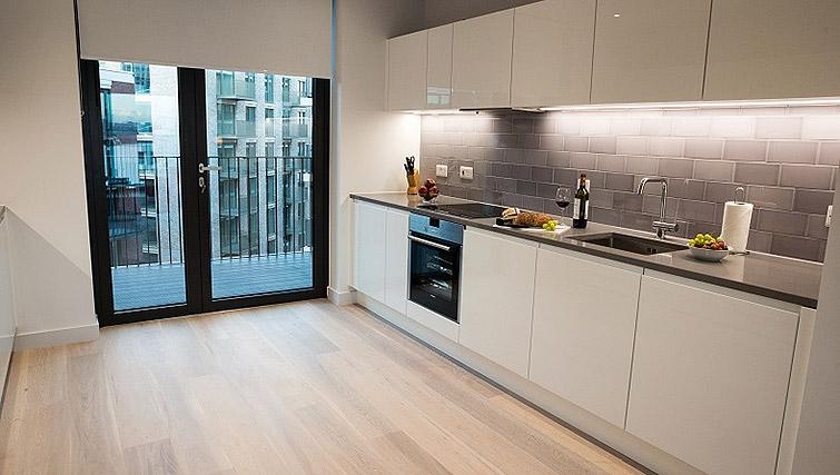 Kitchen at Clarendon Masthead House - Citybase Apartments