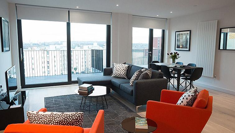 Living area at Clarendon Masthead House - Citybase Apartments