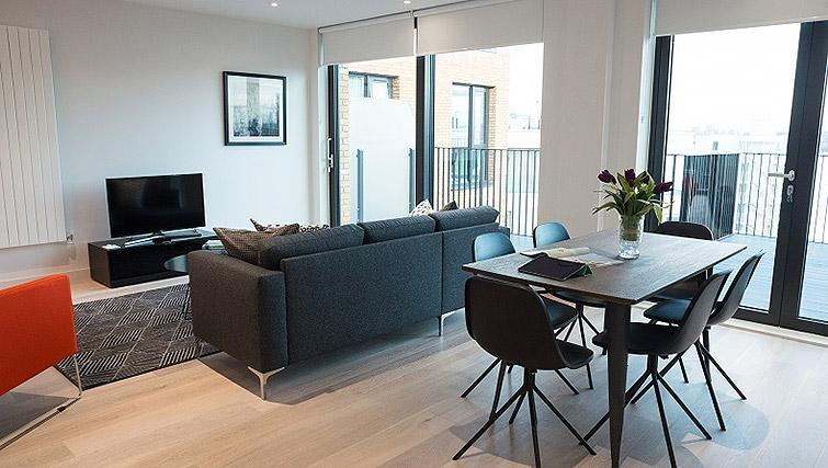 Stylish living area at Clarendon Masthead House - Citybase Apartments