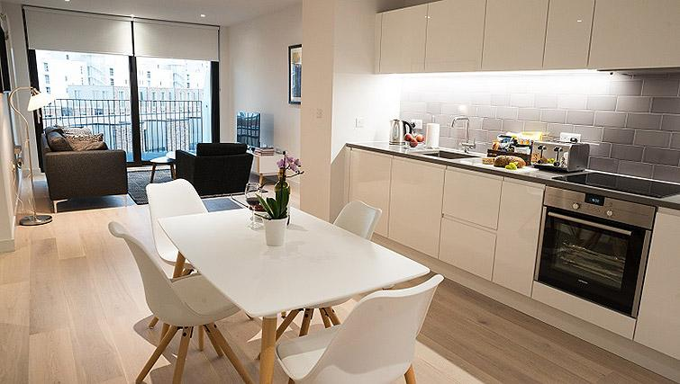 Dining space at Clarendon Masthead House - Citybase Apartments