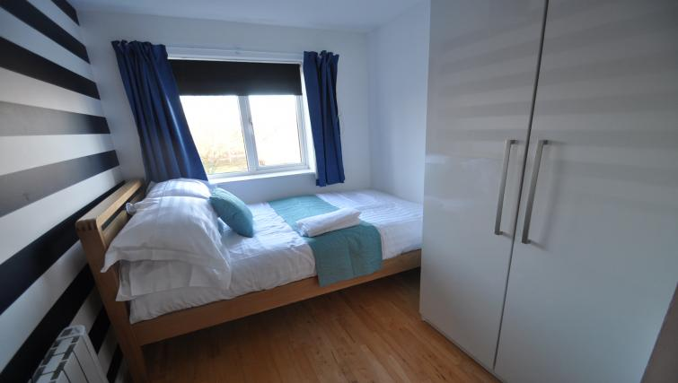 Bed at Galleon Court Apartments - Citybase Apartments
