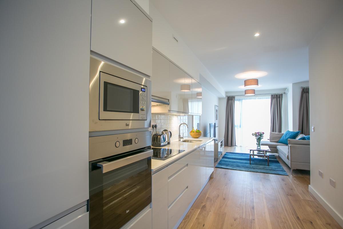 Oven at Hanover Mills Apartments, North Wall, Dublin - Citybase Apartments
