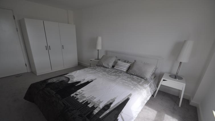 2nd bedroom at Queens Court Apartments - Citybase Apartments