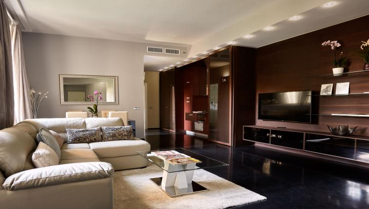 Living area at Turati Apartment - Citybase Apartments