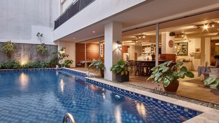 Swimming pool at the Mansion28 Darmawangsa Apartments - Citybase Apartments