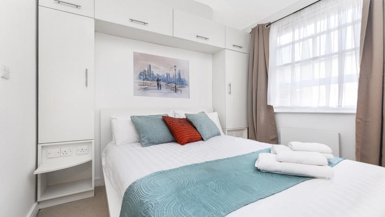 Bedroom at the Kings Cross Apartment - Citybase Apartments