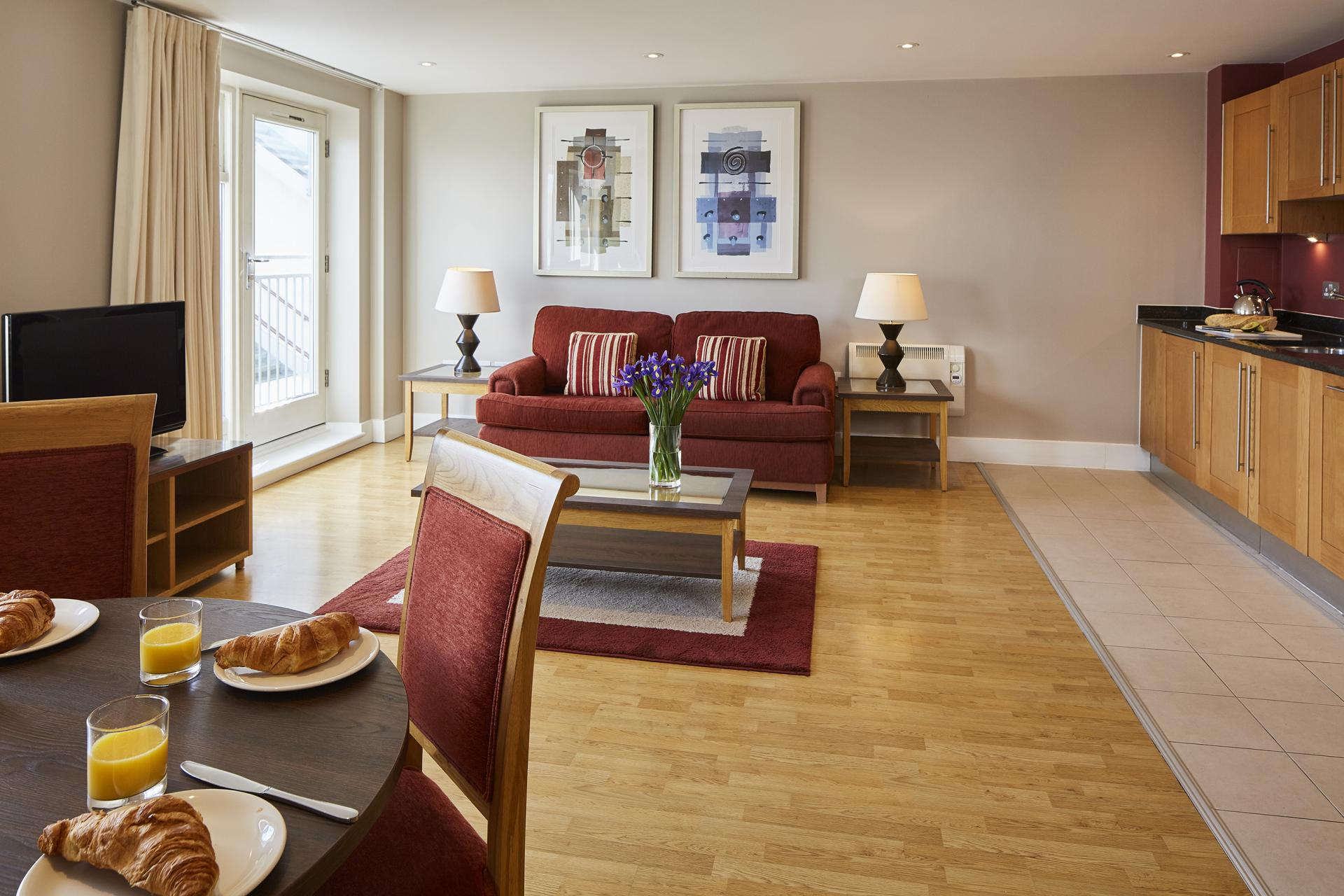 Living area at Limehouse Apartments, Limehouse, London - Citybase Apartments