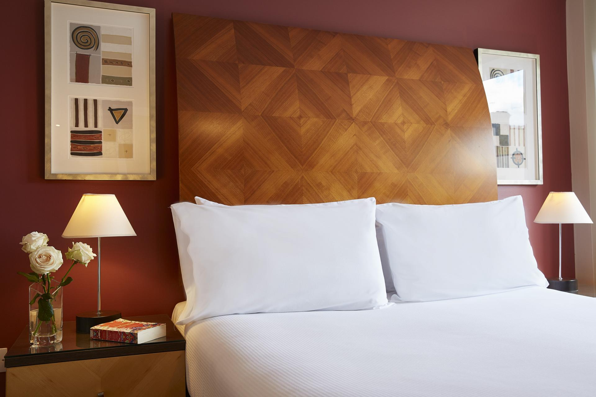Bed at Limehouse Apartments, Limehouse, London - Citybase Apartments