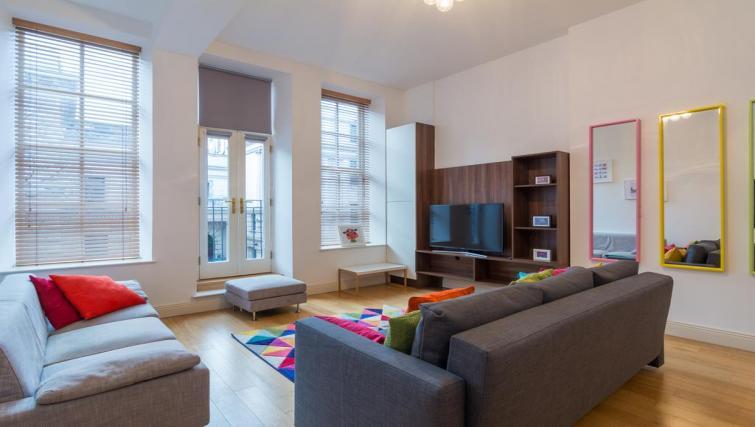 Living room at 1 Fitzrovia Apartments - Citybase Apartments