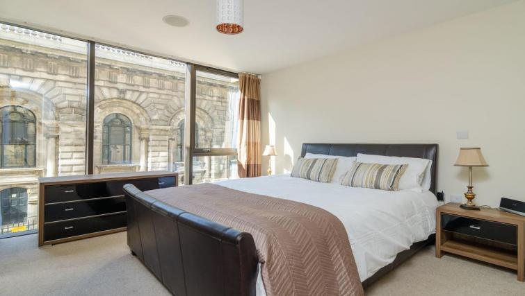 Bedroom at Custom House Square Apartment - Citybase Apartments