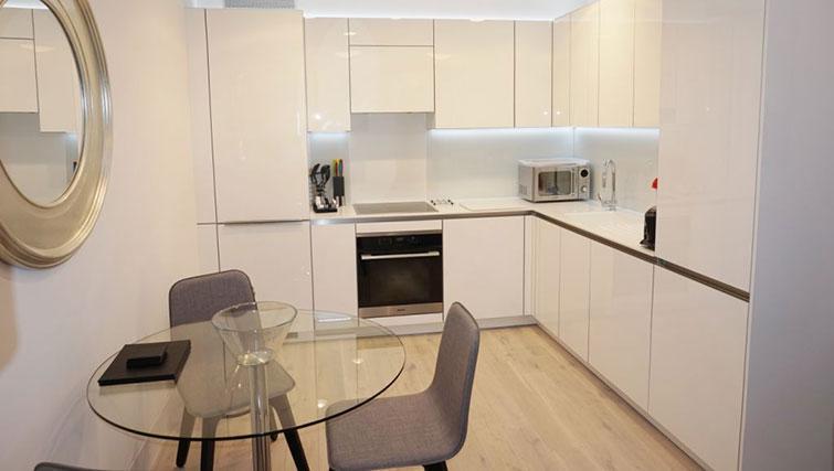 Equipped kitchen at Kensington Apartments - Citybase Apartments