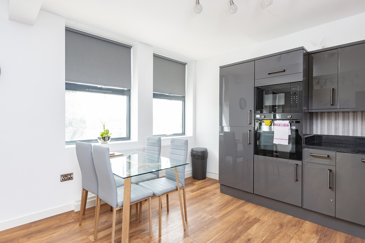 Kitchen at Manhattan Heights Apartments, Centre, Maidstone - Citybase Apartments