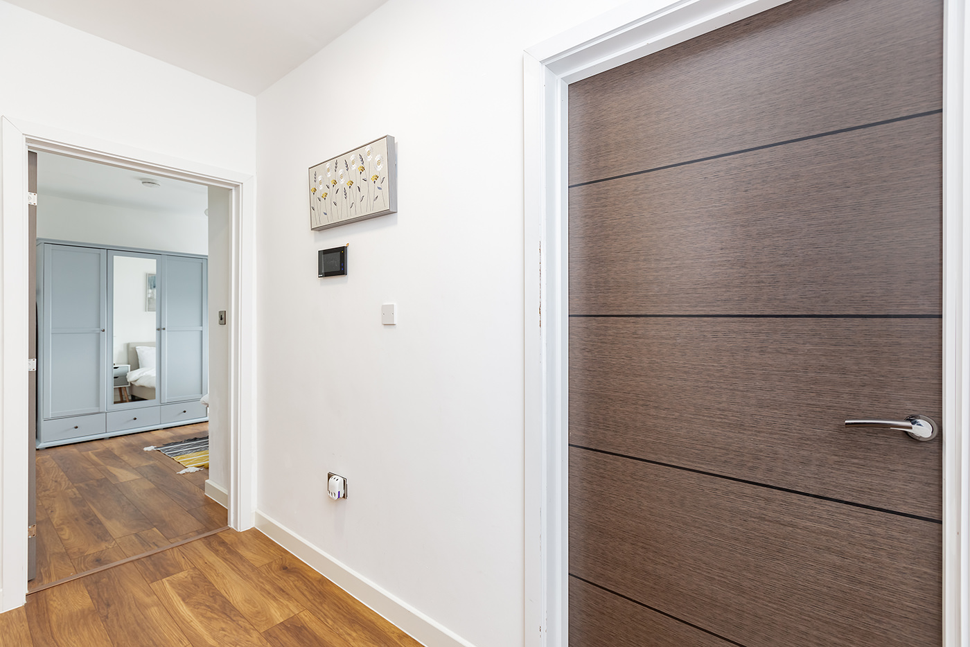 Hallway at Manhattan Heights Apartments, Centre, Maidstone - Citybase Apartments