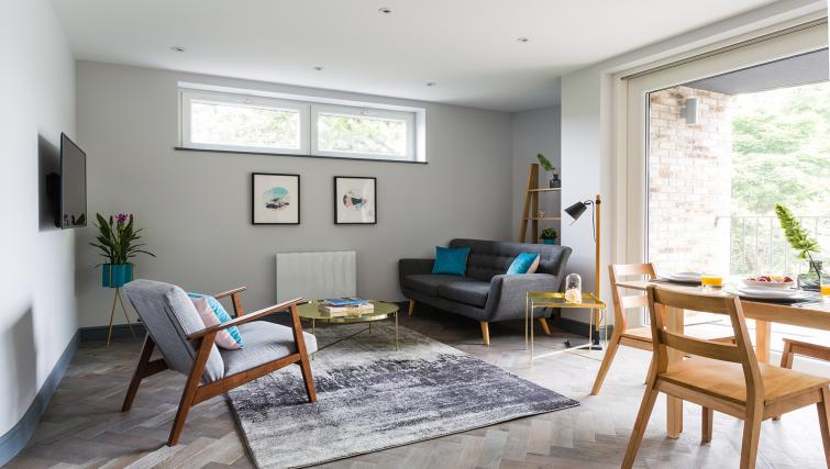 Modern apartment at Alexandra Road Apartments - Citybase Apartments