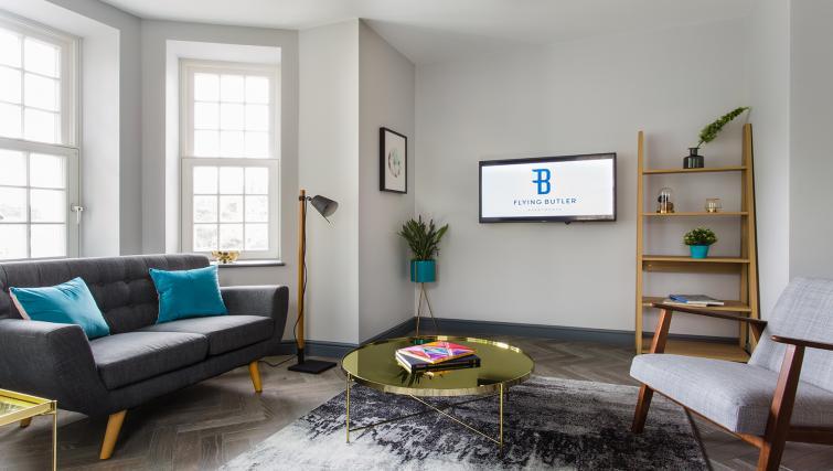 Tv at Alexandra Road Apartments - Citybase Apartments