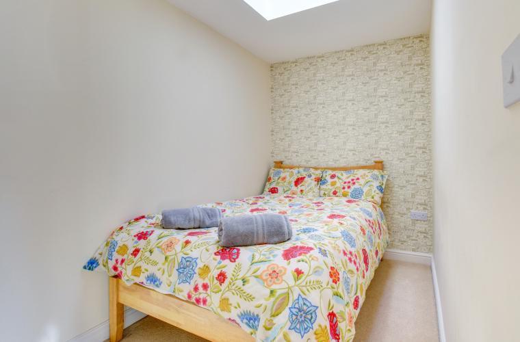 Cosy bedroom at Sherlock Holmes Apartments - Citybase Apartments