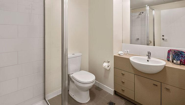 Bathroom at Quest Echuca Apartments - Citybase Apartments