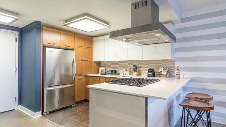 Modern kitchen at MiMa, Hell's Kitchen Apartment - Citybase Apartments