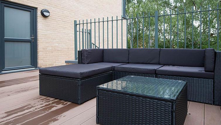 Sofa at Flamsteed Executive Townhouse - Citybase Apartments