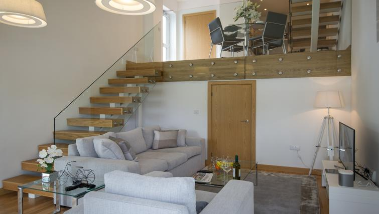 Living room at the Flamsteed Executive Townhouse - Citybase Apartments