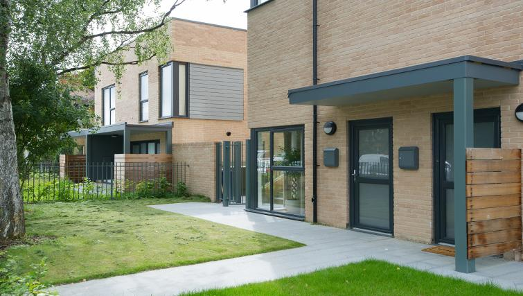 Exterior at the Flamsteed Executive Townhouse - Citybase Apartments